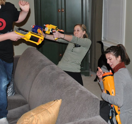 nerf-guns-girls
